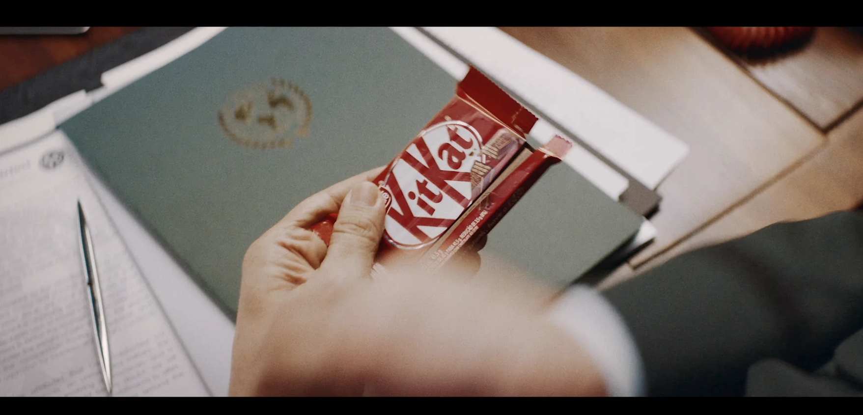 Kitkat Redphone Integrated Campaign